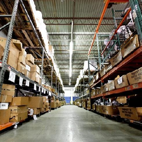Собственный склад оригинальных запчастей, ремонт обходится дешевле в среднем на 20 % чем у конкурентов